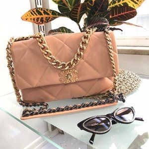 Chanel 19 Large Flap Bag  30x20cm Brand New